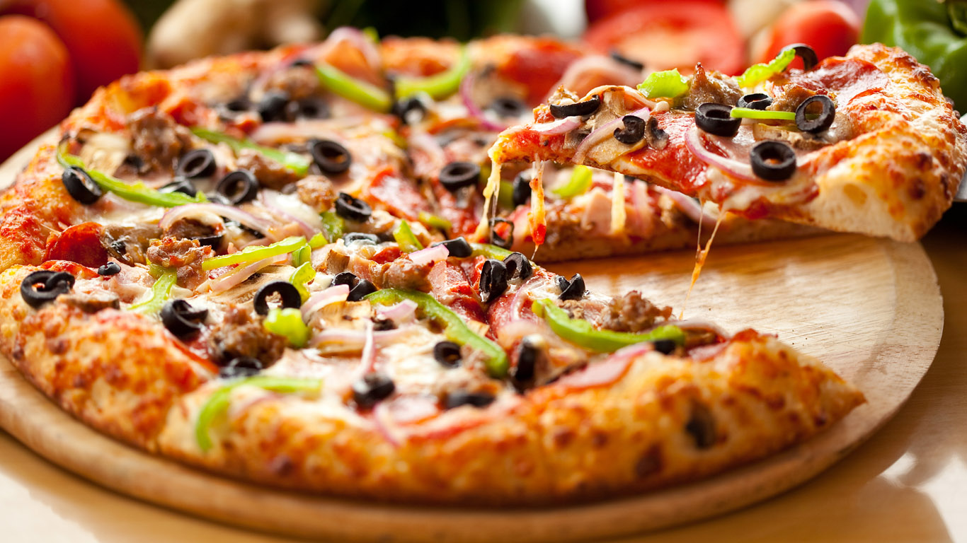 Pizza Umemaro Good im taking you to promforce.and we're going to have fun